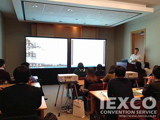 Panasnic PT-EX500 5K Projector
