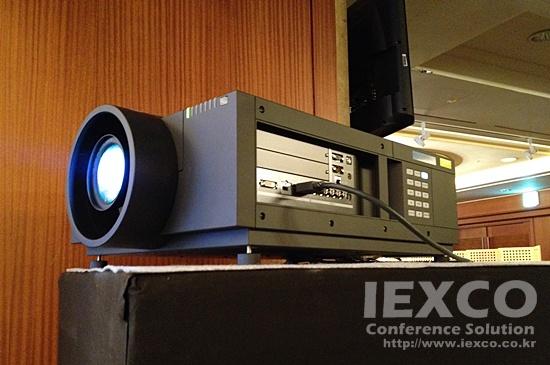 Panasonic PT-EX12K 13K Projector