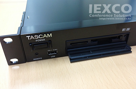 TASCAM SS-R200 MEMORY PLAYER / RECORDER